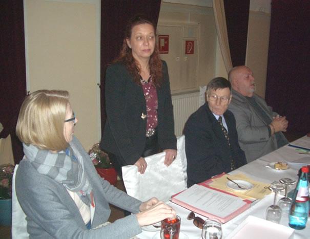 Die Vorsitzende beim Vortrag ihres Tätigkeitenberichtes